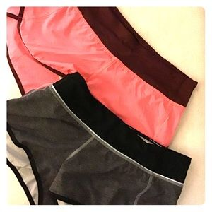Lululemon size 6 Speed Shorts